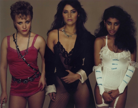VANITY-6-ROLLING-STONE-RICHARD-AVEDON-APRIL-28-1983