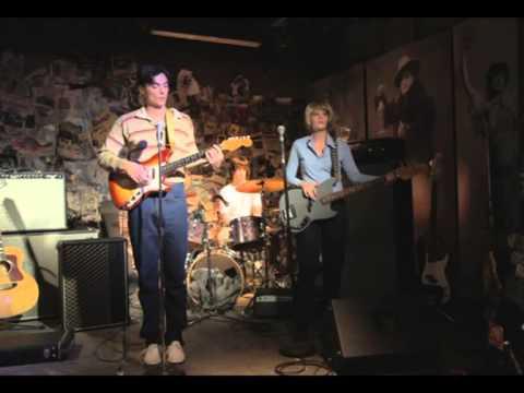 7.7 talking heads live 1977