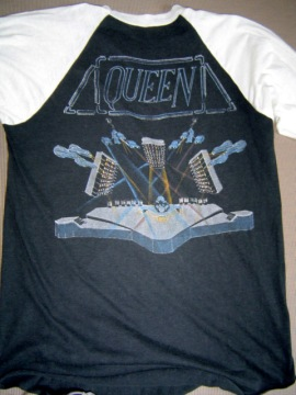 8.24 Queen Hot Space Tour 1982 Back