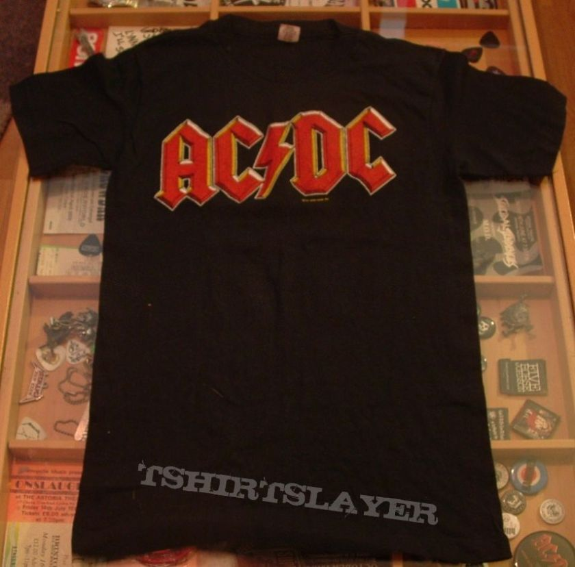 9-26-highway-to-hell-tour-t-shirt