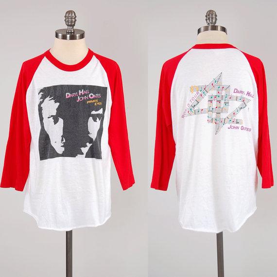 11-15-ho-t-shirt