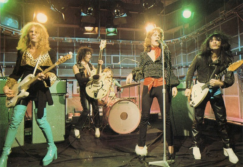 8.9 New York Dolls, 1970s (40)