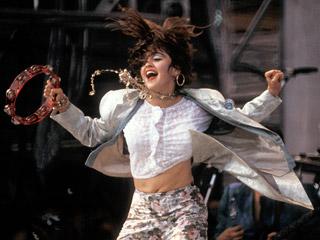 9.22 Madonna - Live Aid