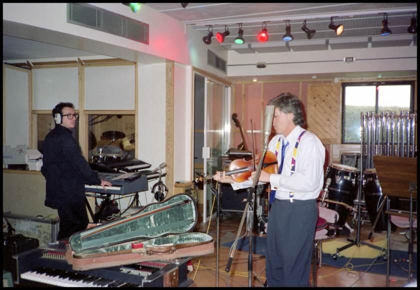 1.24 Macca & Elvis 1988