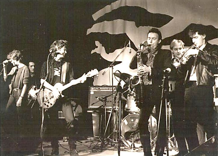 4.10 1984-first-waterboys-show