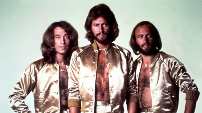 4.4 Bee Gees