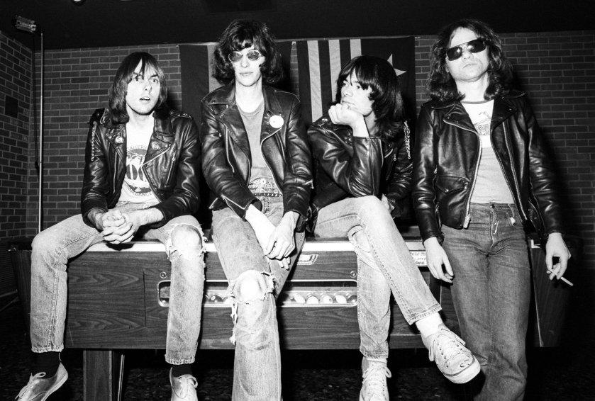 7.17 Ramones 1977