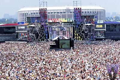 9.19 Live Aid - JFK Stadium