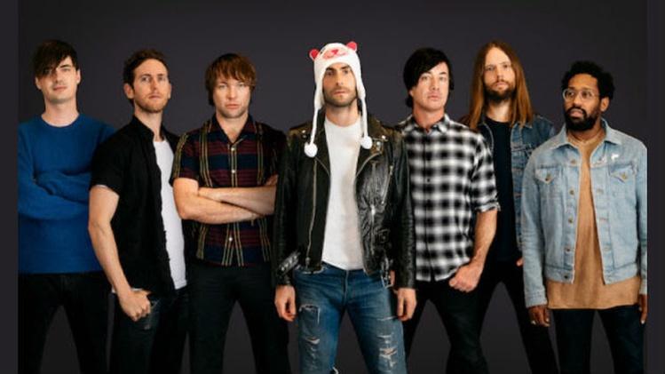11.15 Maroon 5