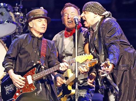 11.28 Springsteen Live