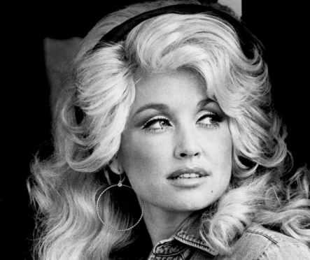 9.18 Dolly-Parton