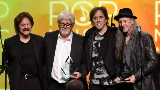 3.9 Doobie Brothers main members