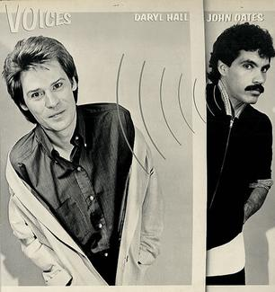 7.24 Daryl Hall & John Oates - Voices